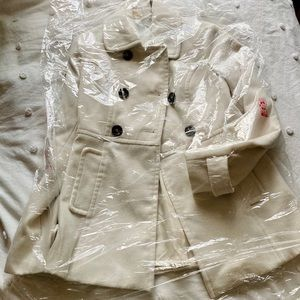White double/breasted Bebe peacoat